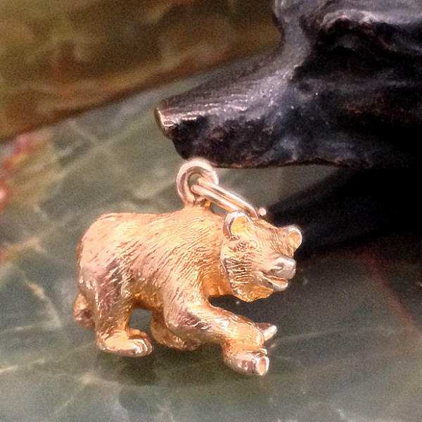 image-579486-Charm_14k__Bear_with_Salmon_535.JPG